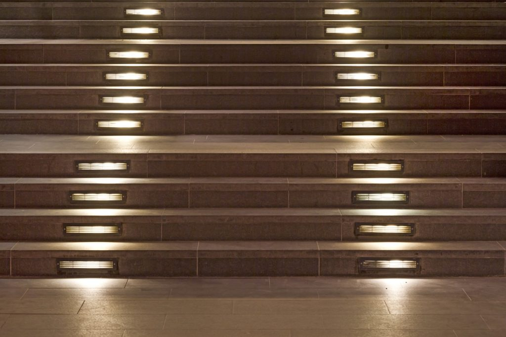 Intelligent stairs - multi-point LED lighting for stairs